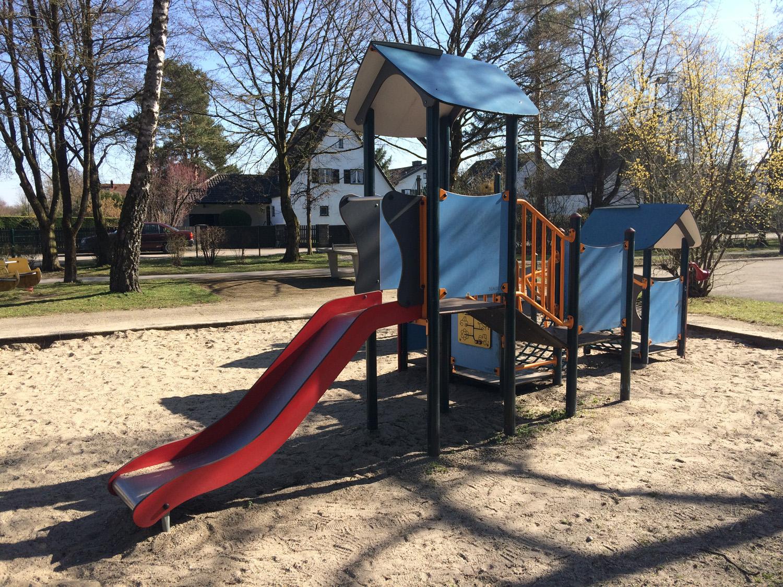 Klettergerüst Für Kleinkinder : Kletter spielplatz für kleine und große kinder in dornach bei