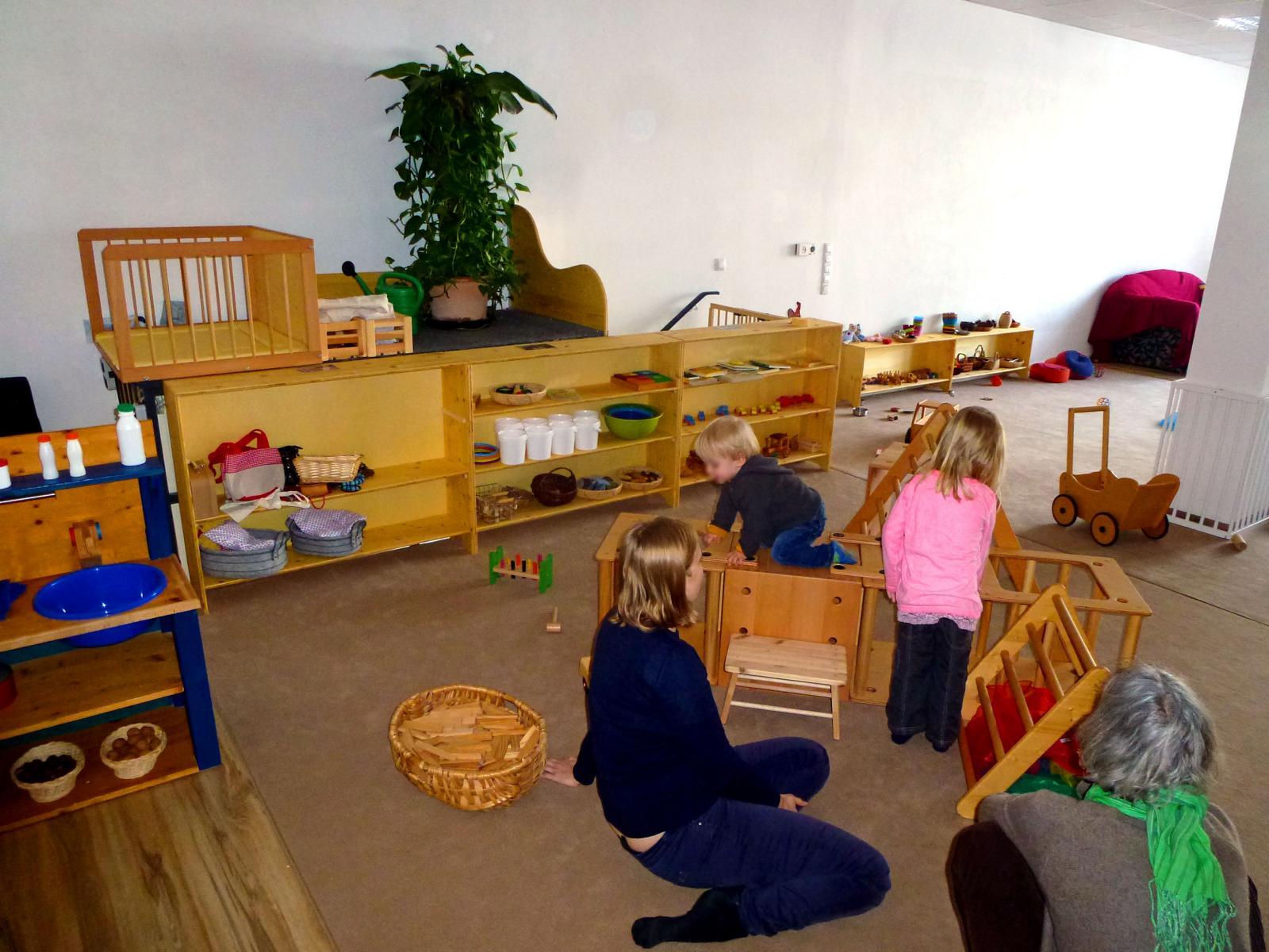 Kleinkind Klettert Dreieck : Das cafe fa u2013 familiencafe und spielraum für babys kleinkinder